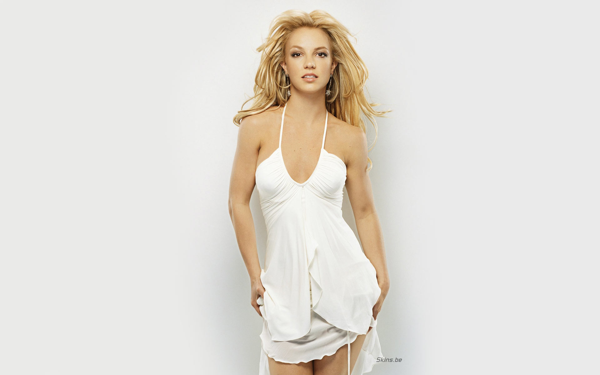 Britney Spears singer musician blondes women females girls sexy babes face eyes legs cleavage        c