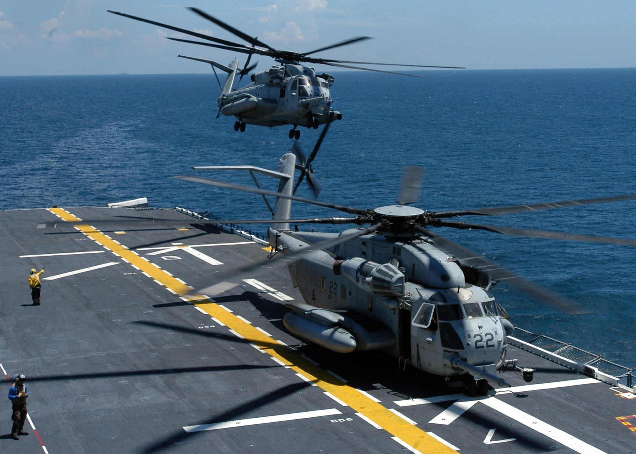 CH-53E Super Stallion helicopter military marines (38)