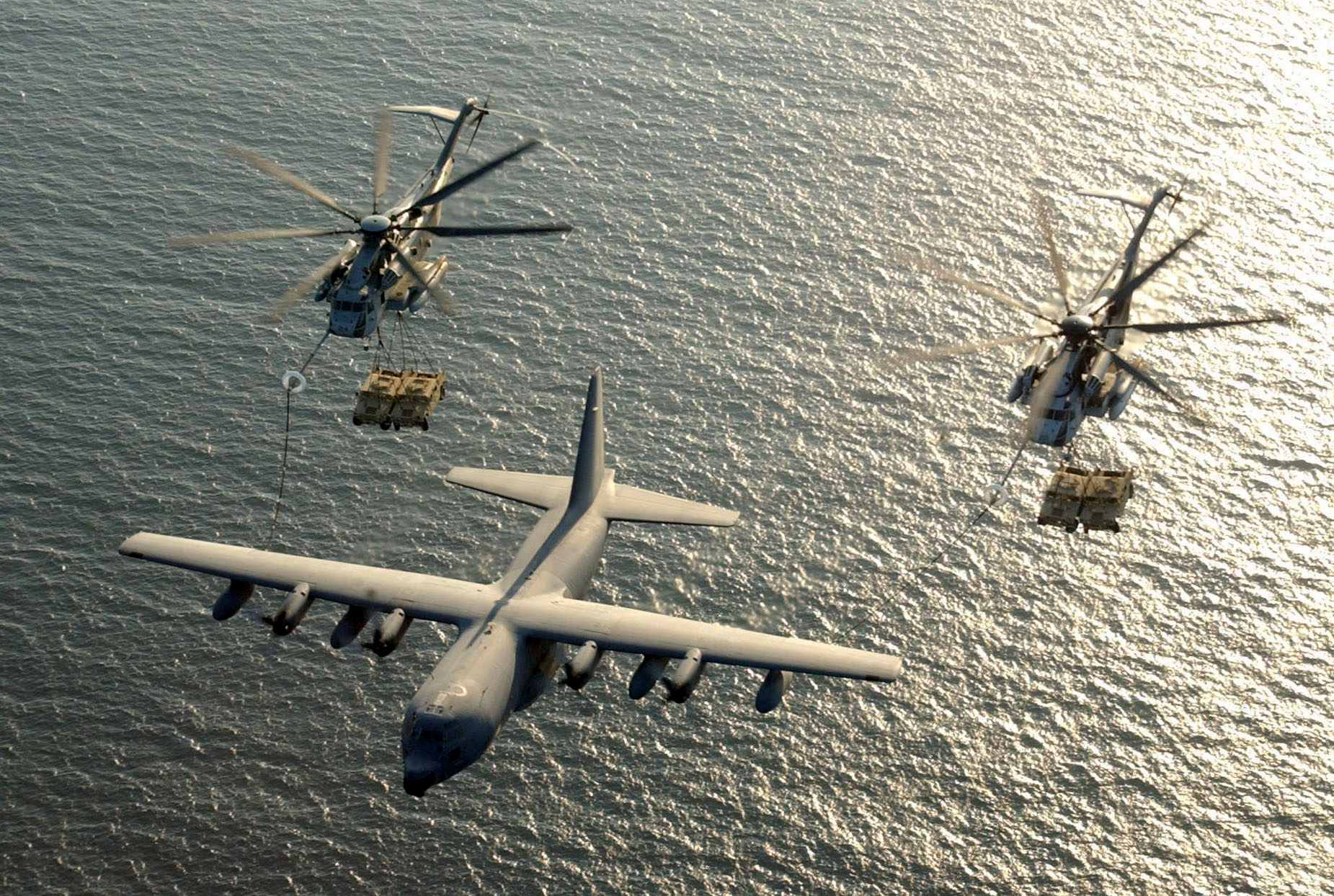 CH-53E Super Stallion helicopter military marines (47)