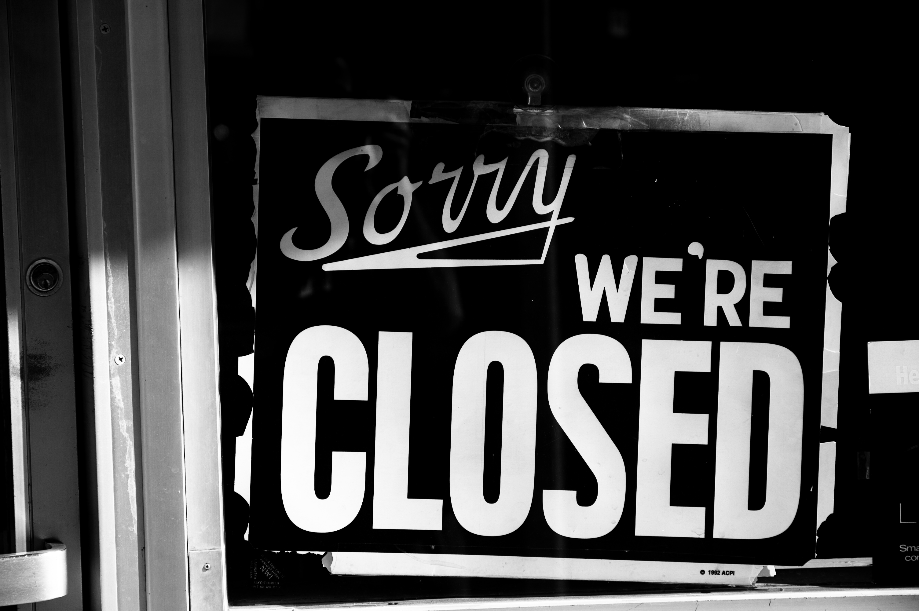 CLOSED sign text word (8)