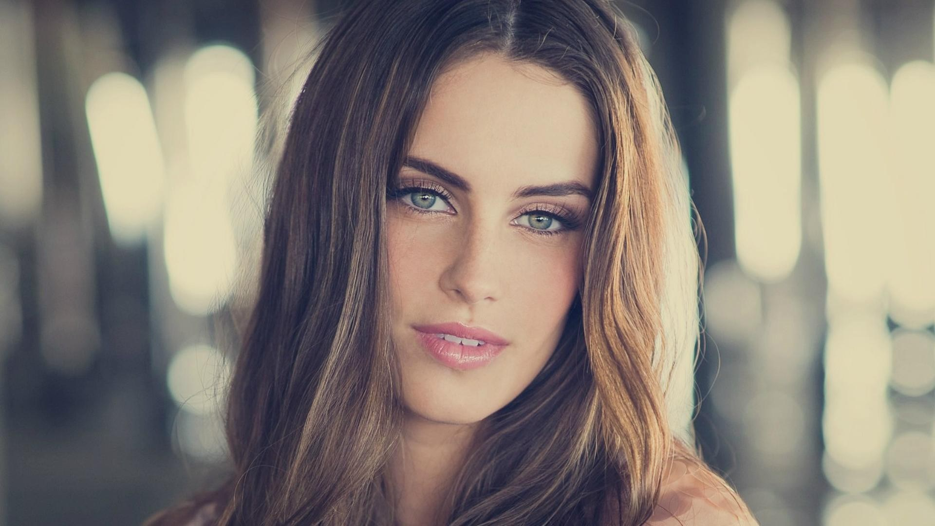 Girl Portrait Jessica Lowndes