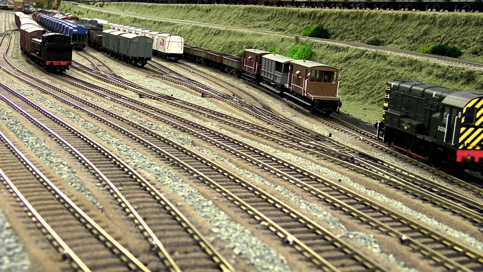 MODEL-TRAIN train toy model railroad minature trains tracks