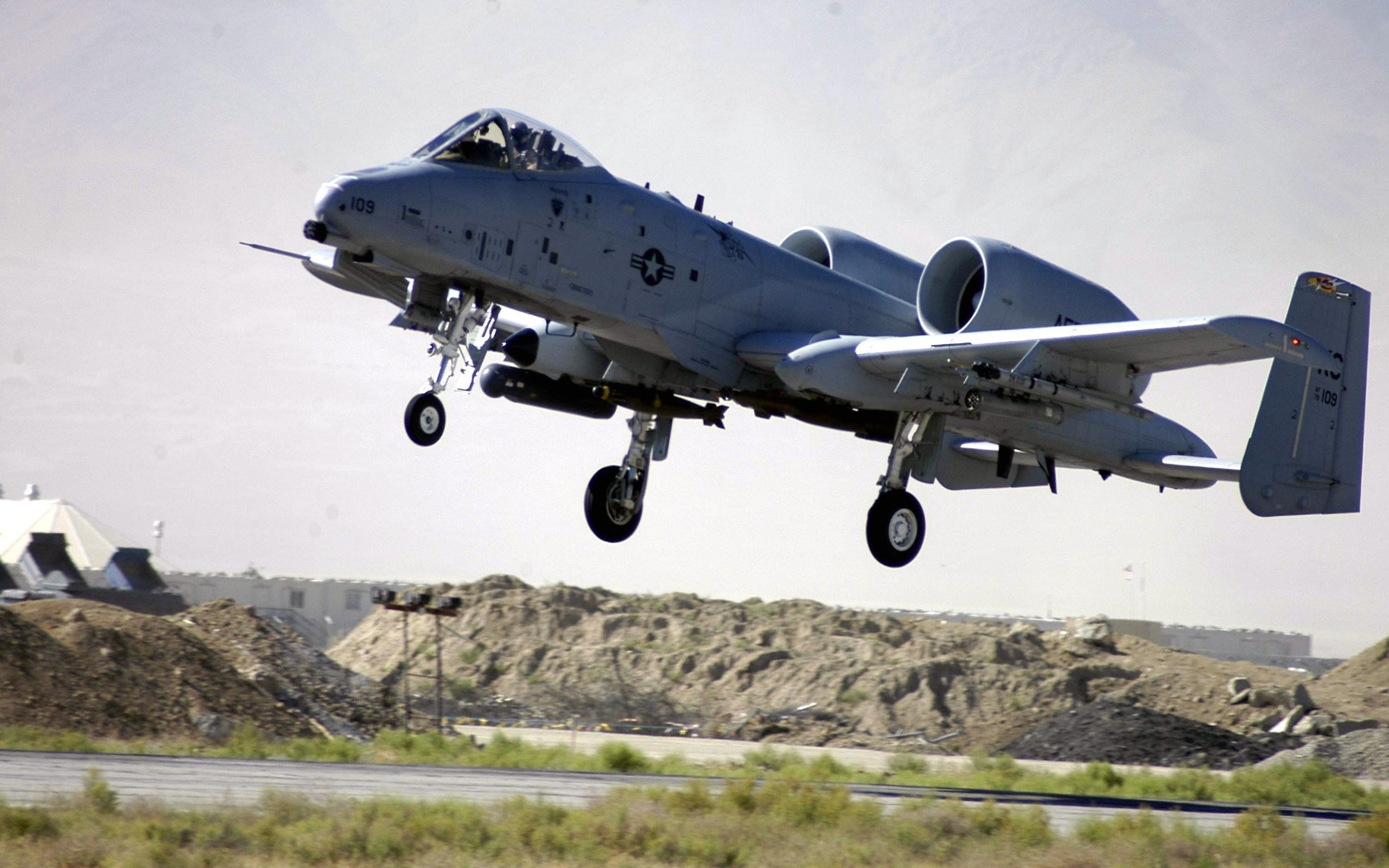 sky steam thunderbolt ii attack aircraft a-10 military