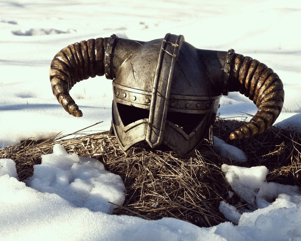 Skyrim game helmet