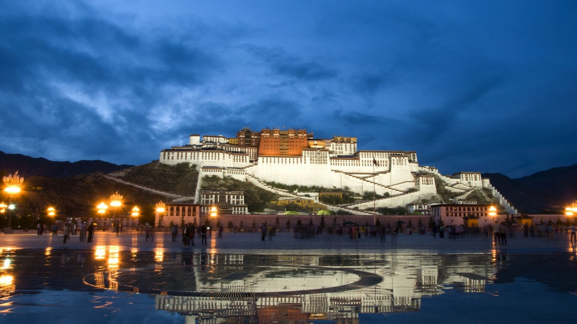 water lights China buildings Tibet reflections Potala