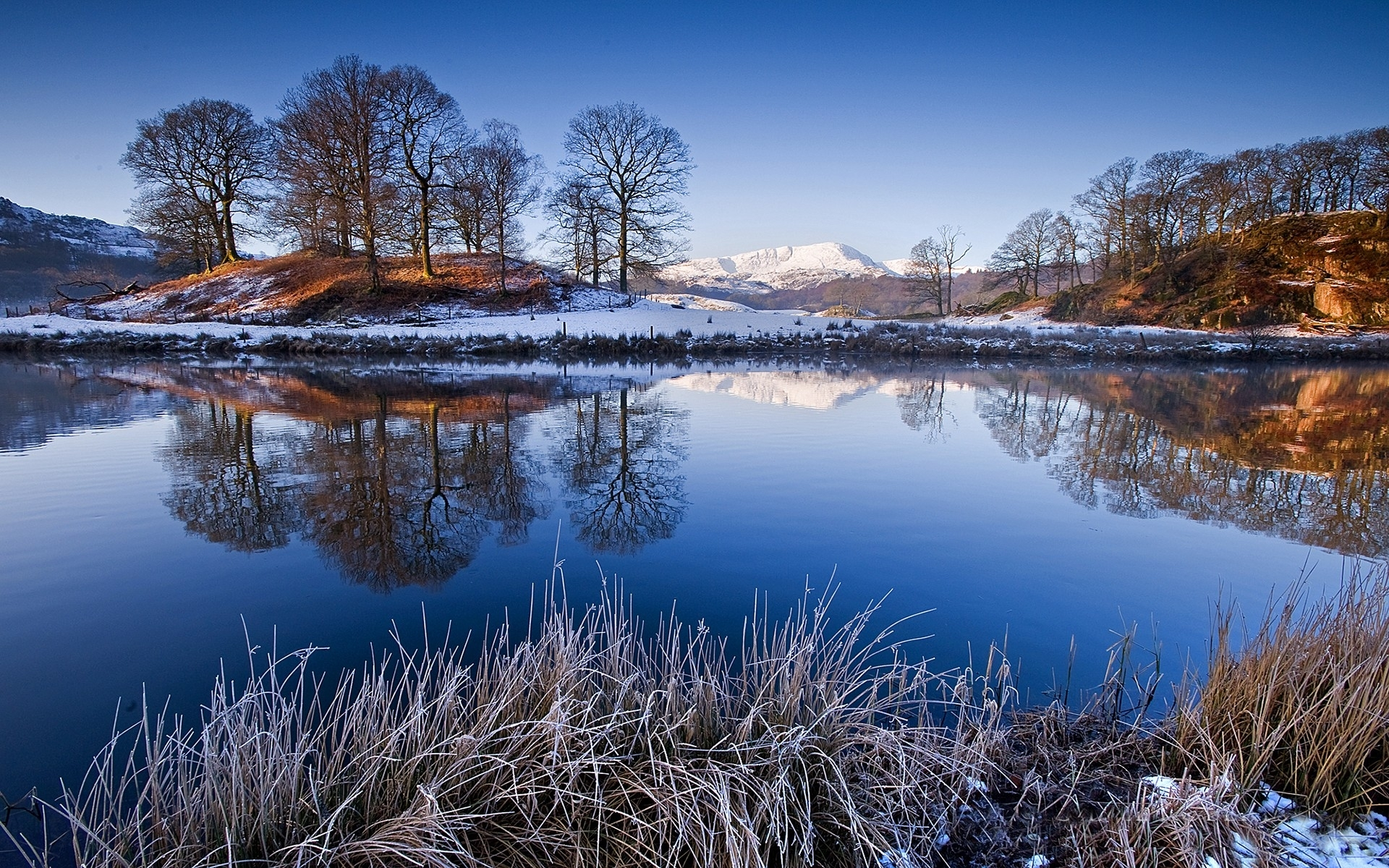 water nature landscapes lakes reflection mountains winter snow sky shore beaches